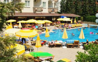 4 * hotel for sale in Alanya near the sea