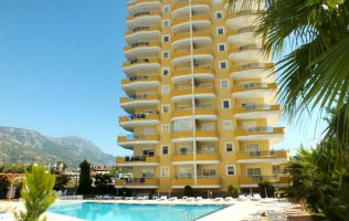 Luxurious apartment with a full set of furniture and household appliances, Mahmutlar, Alanya