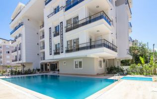 Finished real estate in Antalya, large 2 + 1 apartments, Lyman area