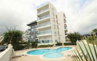Fully-furnitured one-bedroom apartment in a nice residence with a pool in Oba district, Alanya