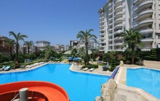 Spacious two-bedroom apartment fully furnished in Alanya