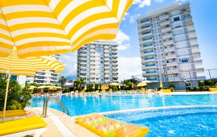 Two-bedroom apartment in a beachfront luxurious residence in Alanya/Tosmur