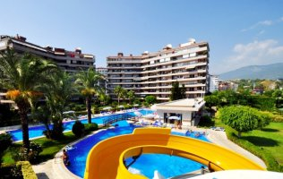 Large two-bedroom apartment on the riverside in Tosmur, Alanya
