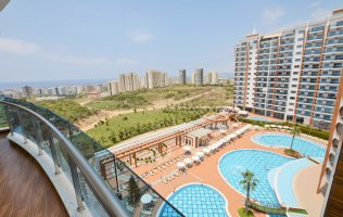 Apartment 1 + 1 in a luxurious elite complex Azura park, Mahmutlar