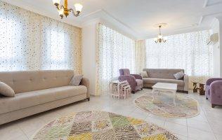 Квартира 2+1 в Аланье, с отдельной кухней и мебелью, р-н Махмутлар