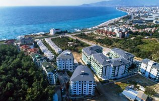 Apartments in Kargicak overlooking the sea and mountains