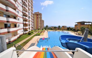 Cheap 2+1 Apartment in Alanya with sea and mountain view in a complex with a large territory