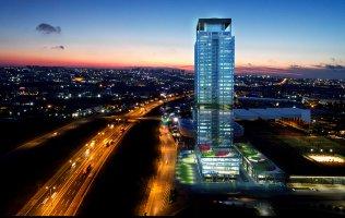 Роскошное офисное здание с одними из самых известных гостиничных апартаментов мира. Прекрасная возможность для инвестирования