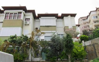 Apartment 1+1 for sale in the center of Alanya - Damlatas.