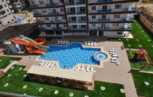Luxury 3-bedroom penthouse in a residential complex, 500 м to the beach, Mahmutlar