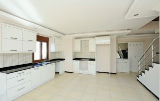 New apartments in Oba, in a complex with a swimming pool