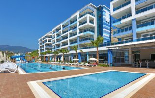 Luxury penthouses with views of the sea and mountains in a luxury residence in Alanya, Kestel