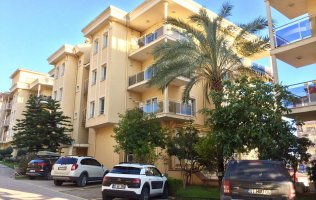 Spacious three-bedroom apartment in the center of Alanya