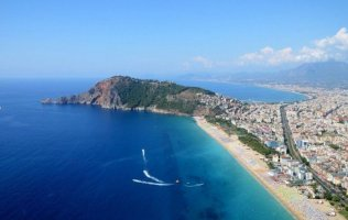 Rent spacious 2 + 1 apartments in the center of Alanya