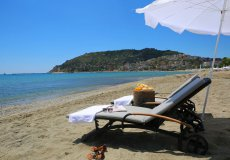 Rent spacious 2 + 1 apartments in the center of Alanya - 2