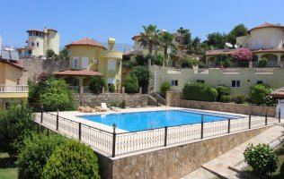 Two-storey villa 3+1 with sea view in Alanya, Kargicak
