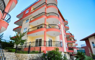 2 + 1 apartment with very attractive price in Mahmutlar, Alanya