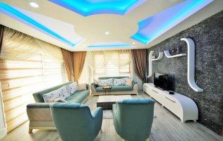 Шикарный пентхаус 3+1 с дизайнерским интерьером и видом на море в Алании, Махмутлар