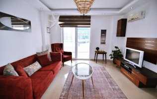 Furnished apartment in a modern complex with infrastructure in Alanya, Cikcilli
