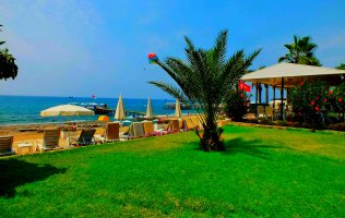 Villa in Konakli with its own beach