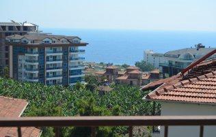 Недорогой вариант четырехкомнатной квартиры с видом на море Каргыджак, Аланья