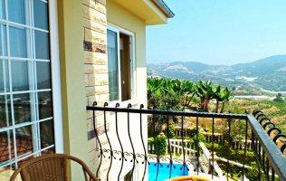 Villa with private pool in Kargicak, Alanya