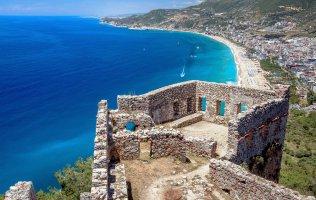 Элитная квартира в центре Алании с видом на море и знаменитую крепость
